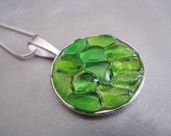 Kelly Green Necklace - Sea Glass Jewelry - Sea Glass Necklace - Beach Glass Jewelry- Ocean Jewelry Gifts of the Sea - Genuine Pure Sea Glass