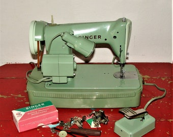 Singer RFJ8-8 Portable Sewing Machine Works Great Very Nice Strong Machine With Case n Attachments, Tools