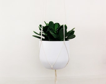 Simple Plant Hanger for pots of all sizes - biodegradeable cotton made in canada