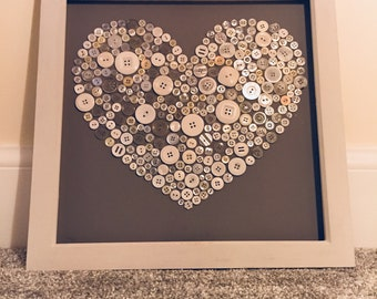 Button heart frame