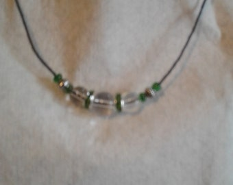 CRYSTAL CLEAR glass beaded choker/necklace with green accents
