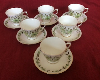 Colclough Sedgley 8648 Tea Cup and Saucer Duo