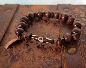 Bone Bead and Wood Bracelet / Handmade / Stretch Bracelet / Broken Shell