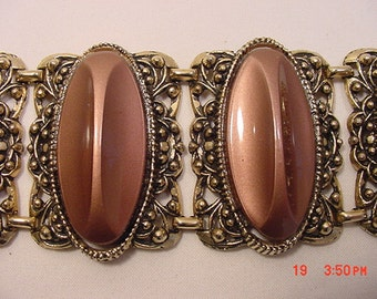 Vintage Chunky Sure To Be Noticed Bracelet   16 - 614