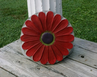 Red Daisy Stepping Stone Concrete Garden Art