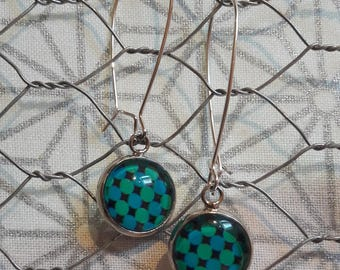 Dangling earrings, Cabochon with polka dots