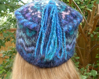 Ocean Waves Knitted Hat from Handspun Yarn