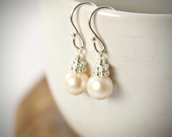 Bridesmaid Pearl Earrings Set of 4, 5, Set of 6, Ivory White Pearl Wedding Jewelry, Bridesmaid Gift, 925 Sterling Silver