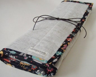 Linen Knitting Needle Case with Happy Pet Trim - Gift for Knitter