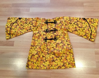 Vintage 1960 Asian top Size 6x