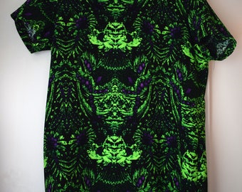 Dress with a Psychedelic pattern Size S-M