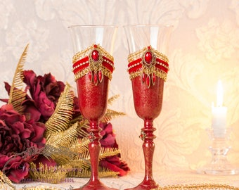 Champagne wedding flutes, Red Wedding Champagne Glasses, Toasting Flutes Red, Champagne Flutes, Wedding glasses for Bride and Groom