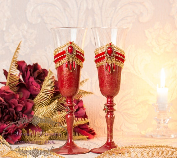 Champagne wedding flutes Red Wedding Champagne Glasses