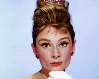 "Audrey Hepburn in Film ""Breakfast at Tiffany's"" - 5X7, 8X10 or 11X14 Publicity Photo (NN-203)"