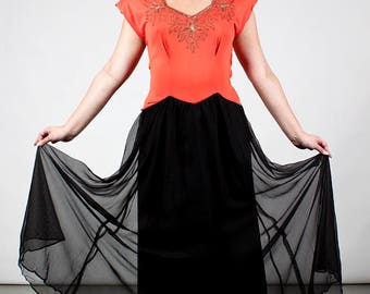 Sophisticated 1940s Coral Jersey Gown / Dress with Black Net Full Skirt & Gold Sequins Vintage Glamour