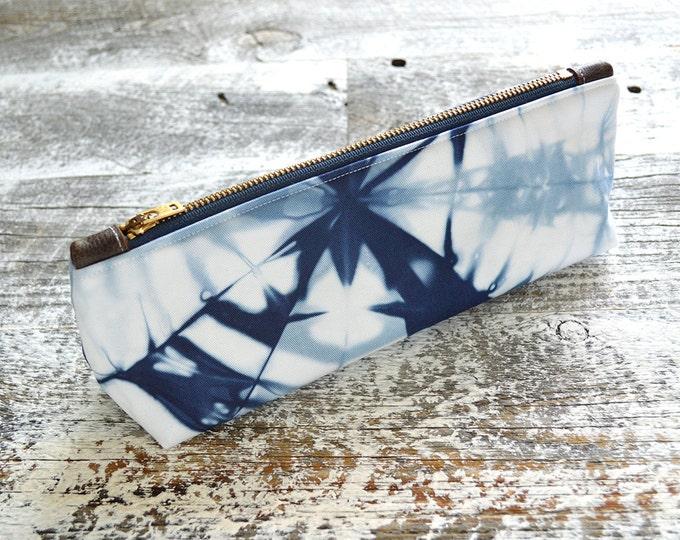 Tie Dye Navy Blue Clutch - Shibori Wristlet Clutch - Marine