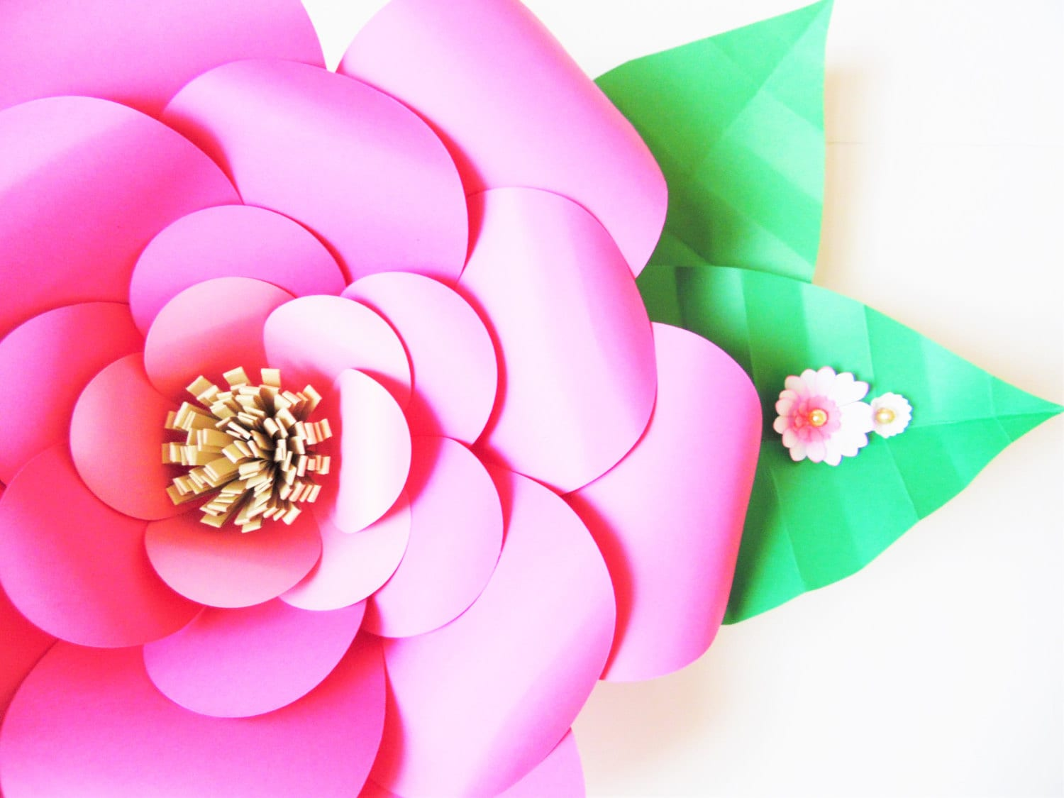 Diy paper flower templates easy diy giant paper flowers zoom mightylinksfo