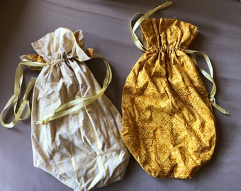 Gold wine bottle reticule