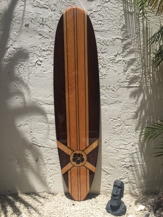 d coratif en bois art de mur de planche de surf pour un h tel. Black Bedroom Furniture Sets. Home Design Ideas