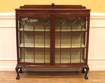 Vintage English Mahogany China Cabinet Curio, Claw Foot Chippendale Style.