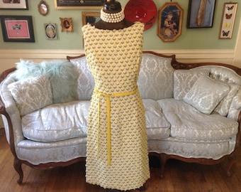 1960s Dress / Dress Yellow Nubby Flowers / Vintage Dress / Sheath Dress / Yellow Dress