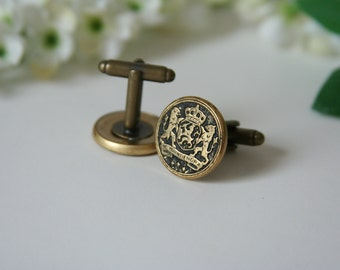 Netherlands Coat of Arms Cufflinks Family Crest Cufflinks - made with vintage metal buttons