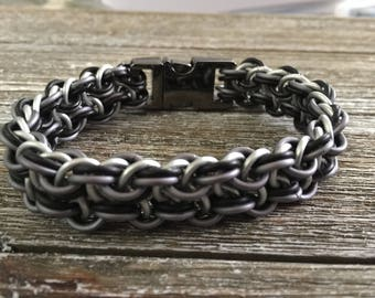 Robust Vipera Berus Chainmaille/Chainmail Bracelet--Black, White and Grey - 6 7 8 9 10 inch