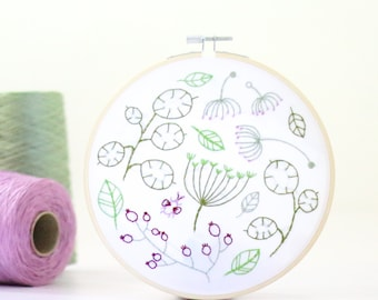 Seedhead Spray Embroidery Kit - Embroidery Design - Floral Embroidery - Hand Embroidery - Hoop Art - DIY Kit - Modern Embroidery