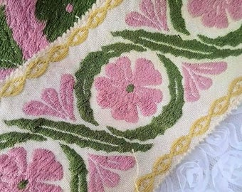 5.19 yards Vintage french embroidered trim, made in France, 1910/1915s