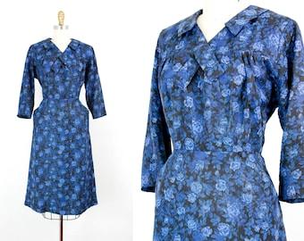 Vintage 1950s dress . Blue Rose Waltz . 40s / 50s rose print dress . 1950s blue dress . md / lg