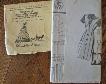 Vintage Misses pattern by Marian Martin  Dress Size 14 early 1940s