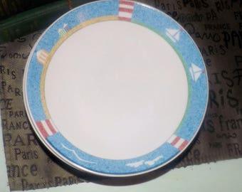 Vintage (c.1980s) Mikasa | Studio Nova Cabana pattern Y0122 coupe-shape soup, cereal or salad bowl. Red, white, blue beach, sailboat scene