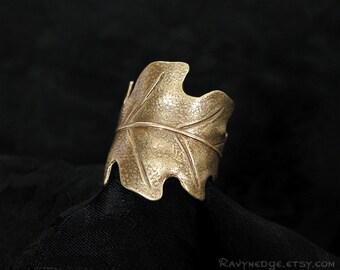 Druid's Treasure - Brass Oak Leaf Ring, Adjustable Ring, Nature Jewelry, Boho Jewelry, Oak Leaf Jewelry, Bohemian Jewelry, Leaf Band Ring
