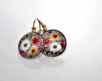 Stud Earrings * floral glass Cabochons *.