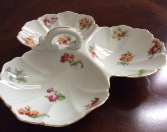 Pretty Three Section Floral Design Dish with a Handle, Czkechoslovakia.
