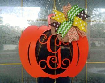 Metal Pumpkin Door Hanger, Pumpkin Wreath, Pumpkin Decor, Pumpkin Decorations, Fall Door Decor, Fall Pumpkin Sign, Metal Pumpkin Outdoor