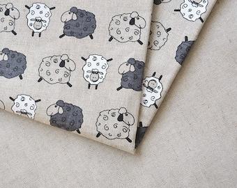 Linen sheep fabric 19,68 x 59 inch // Linen by the yard // Cute sheep fabric // Kids fabric