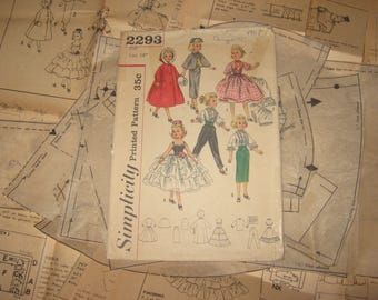Doll Clothing PATTERN Simplicity 2293 for size 14 inch dolls Revlon  Cape Cissy Sweet Sue Sophisticate Evening Dress Blouse Skirt Muff Slip