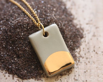 Gold Luster Pendant Necklace in Taupe