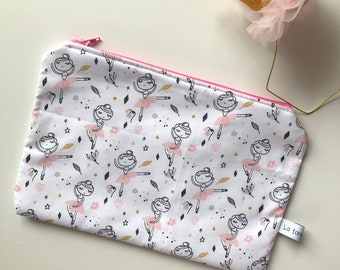 Big zipper pouches, zipper pouch, zip pouch, dancer fabric, baby bag, diaper bag, newborn gift, baby shower gift, mom to be, baby girl, case