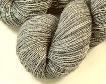 Hand Dyed Sock Yarn, Sock Weight Superwash Merino Wool Yarn, SILVER LINING, Knitting Yarn, Light Gray Grey Fingering Yarn, Indie Dyer
