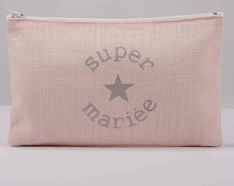 """Pink linen pouch light inscription """"super bride"""""""