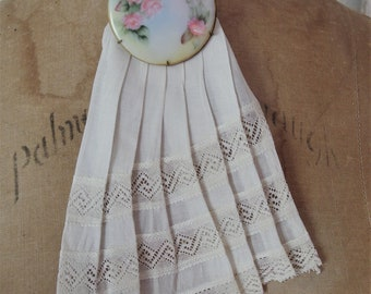 Vintage Pleated Ivory Cotton Lace Jabot | Ladies Lace Jabot | Cream Color Lace Jabot | Vintage Pleated Collar |