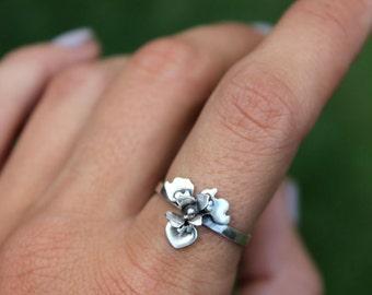 Iris Flower Ring