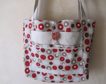 Very large tote bag printed cotton and canvas cloth.