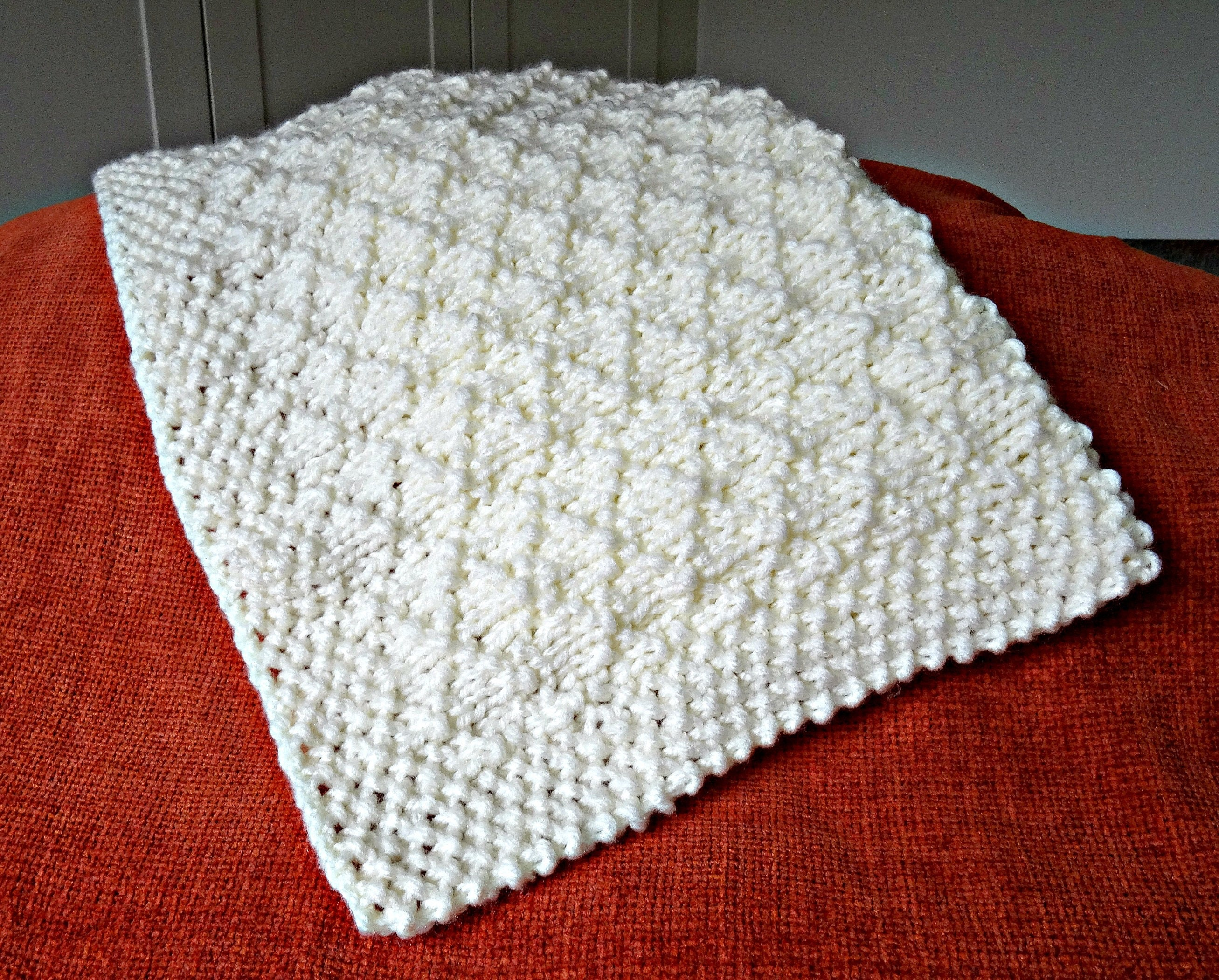 Easy knitting pattern, baby blanket, super chunky criss cross from ...
