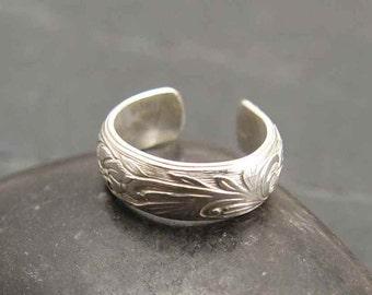 EAR CUFF  Sterling Silver Floral Pattern BEAUTIFUL
