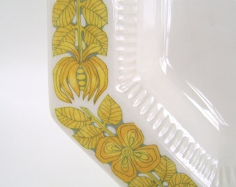 Vintage Independence Ironstone Interpace Serving Bowl Yellow Octagonal