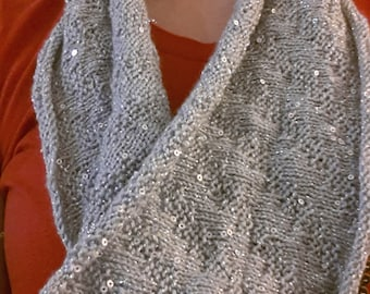 Knitting Pattern - Sparkle Zig Zag Cowl with Sequins