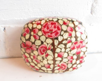 Handpainted red and pink floral decorative jewellery box. Small floral jewelry box. Vanity organizer.